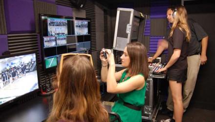 CBS News Anchor, PC Alumna Lauren Pastrana, Visits PCTV